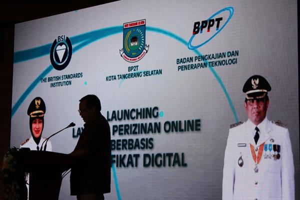 Launching Layanan Perizinan Online Berbasis Sertifikat Digital